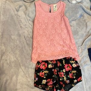 Size 6 Girls Adorable Outfit